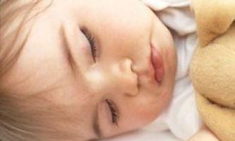 10 Речей, які потрібно знати про сон малюка