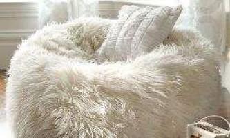 30 Диванов, крісел і ліжок, які стали в нагоді б після важкого дня