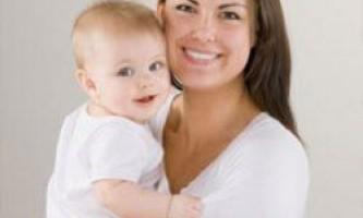 5 Дивних фактів про материнство