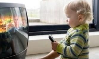8 Батьківських помилок, які призводять до повноти у дітей