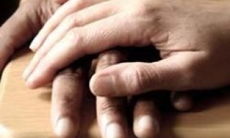Атеїсти більш схильні до співчуття, ніж віруючі люди