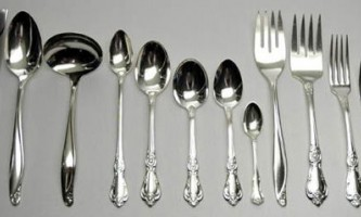 Чим чистити срібний посуд і прикраси до блиску