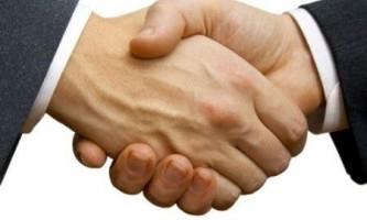 Чим відрізняється hand від arm?