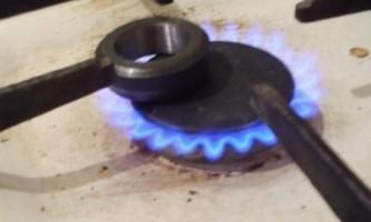 Чим відрізняється метан від силана?