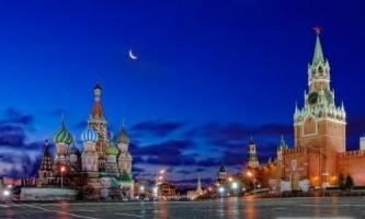 Чим відрізняється пітер від москви?