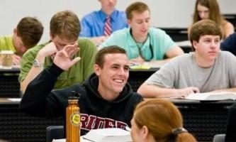 Чим відрізняється технікум від коледжу?