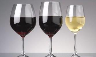 Чим відрізняються келихи для червоного і білого вина?