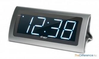 Чим відрізняються електронний годинник від кварцових?