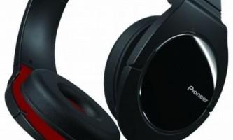 Чим відрізняються моніторні навушники від накладних?