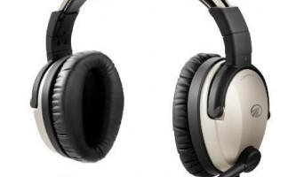 Чим відрізняються навушники від гарнітури?