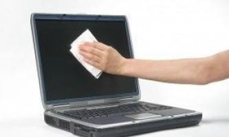 Чим протирати екран монітора і ноутбука?