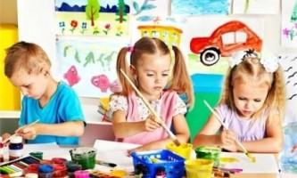 Чим соціалізація відрізняється від виховання?