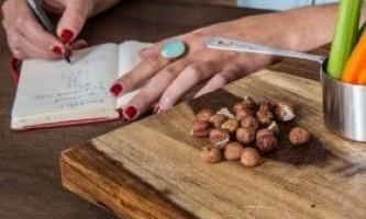 Через скільки можна тренуватися після їжі?