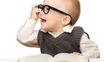 Читання маленьким дітям