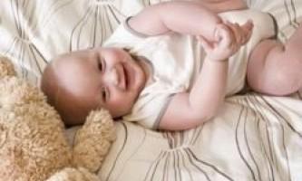 Дитячий костюм, оснащений датчиками, розповість все про малюка