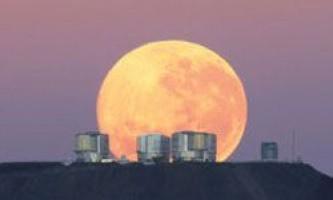 Хочете побачити місячні гори? Саме час спостерігати за місяцем!