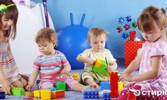 Зберігання дитячих іграшок: від хаосу до порядку