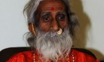 Індійський йог живе без їжі і води більше 70 років