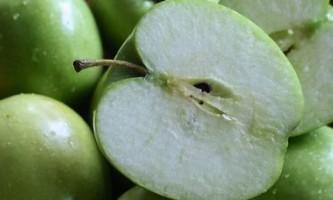 Яблучний компот: 6 рецептів на «кожен день» і для консервації