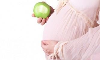 Яблука при вагітності: користь, протипоказання!