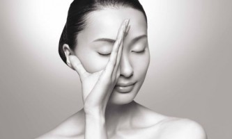 Японський масаж обличчя