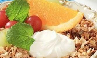 Йогурти допомагають перетравлювати вуглеводи