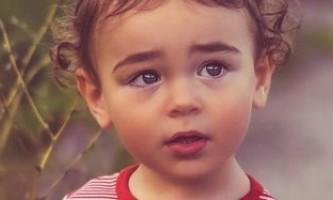 Як без лікаря визначити глисти у дитини, і що робити