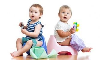 Як швидко привчити дитину до горщика після памперсів?
