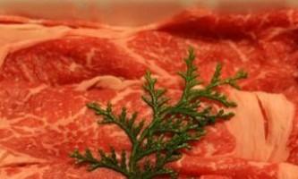 Як швидко розморозити м`ясо, і скільки його можна зберігати в холодильнику