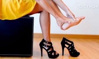 Як швидко збільшити розмір взуття, якщо вона тисне
