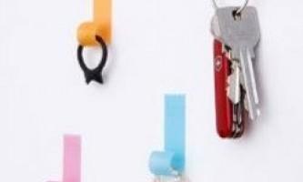 Як ще можна використовувати звичайні і самоклеючі гачки