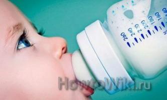 Як зберігати зціджене грудне молоко?