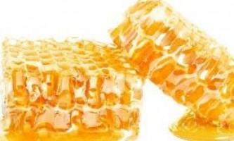 Як використовувати мед в сотах