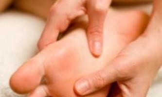 Як позбутися від сухих мозолів на ногах?