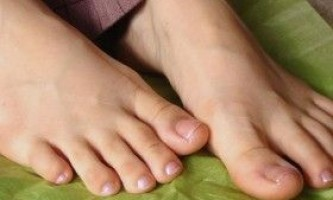 Як позбутися від запаху ніг