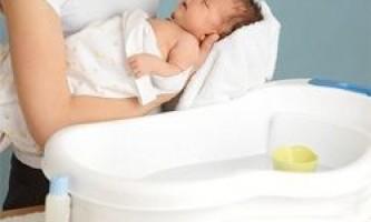 Як купати новонародженого дитини