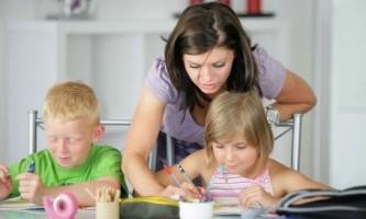 Як навчити дитину писати