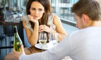 Як навчитися спілкуватися з дівчиною?