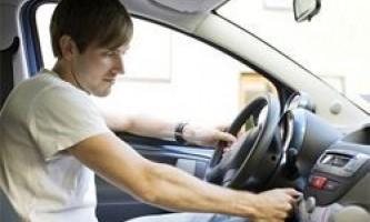 Як навчитися водити машину в місті