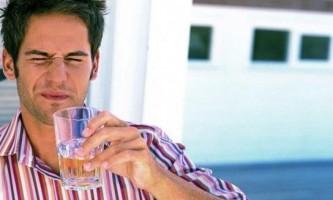 Як зупинити гикавку після вживання алкоголю?