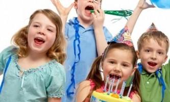 Як відзначити день народження дитини?