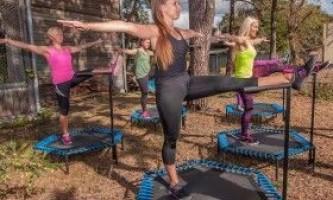 Як схуднути, тренуючись на батуті?