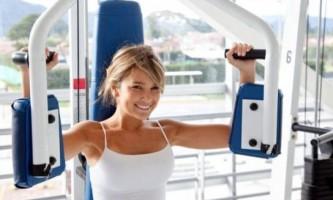 Як схуднути в спортзалі дівчині: на яких тренажерах займатися, різні вправи