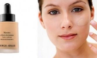 Як користуватися спонжем для тонального крему?
