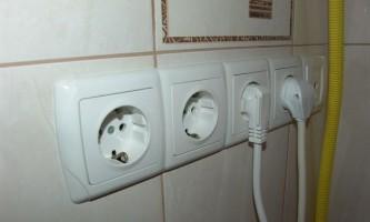 Як поміняти проводку в квартирі