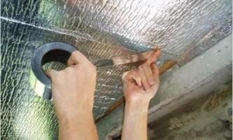 Як помити натяжна стеля?