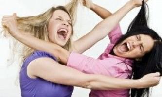 Як правильно битися дівчині?