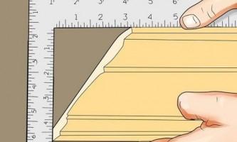Як правильно обрізати (відрізати) стельовий плінтус
