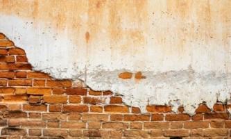 Як правильно обштукатурити стіну