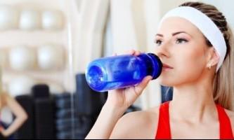 Як правильно пити воду щоб схуднути